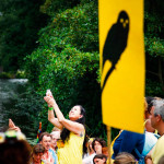Chileense Carola Esparza offert het water van de heilige bron aan Great Spirit